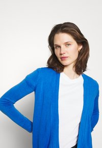 Marks & Spencer London - CASHMILON - Cardigan - blue - 3