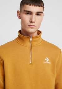 Converse - STAR CHEVRON HALF ZIP - Sweatshirt - wheat - 3