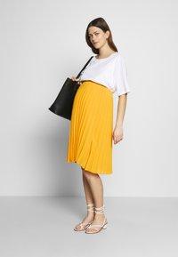 Pomkin - CHARLOTTE - Áčková sukně - jaune / yellow gold - 1