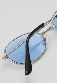Only & Sons - ONSSUNGLASSES COLOURED - Gafas de sol - new blue/silver-coloured - 2