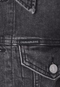 Calvin Klein Jeans - CROPPED JACKET - Denim jacket - denim grey - 7