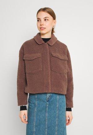 ONLMARINA CROP JACKET - Light jacket - clove