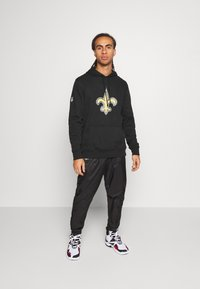 New Era - NFL NEW ORLEANS HOODIE - Club wear - black - 1