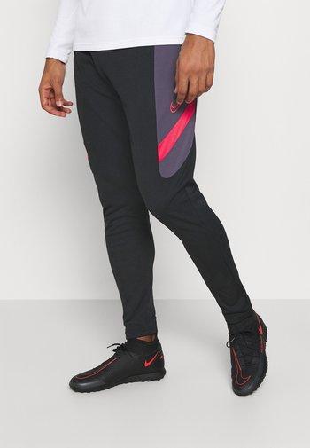 DRY ACADEMY PANT  - Pantalones deportivos - black/dark raisin/siren red
