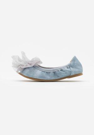 PRIMO BALLET FLAT - Ballet pumps - rain cloud