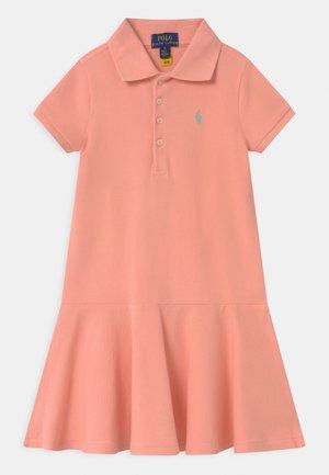 Denní šaty - deco coral