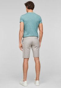 QS by s.Oliver - Shorts - beige heringbone - 2
