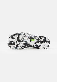 Inov-8 - F-LITE G 300 - Sports shoes - white/black - 4