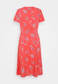 GAP Petite - DRESS - Robe d'été - coral - 1