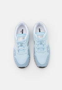 Diadora - SIMPLE RUN GIRL - Sports shoes - starlight blue - 3