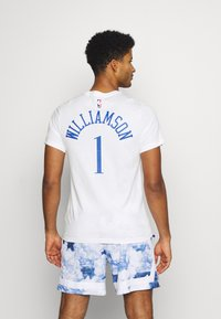 Nike Performance - NBA NEW ORLEANS PELICANS ZION WILLIAMSON CITY EDITION - Artykuły klubowe - white - 2