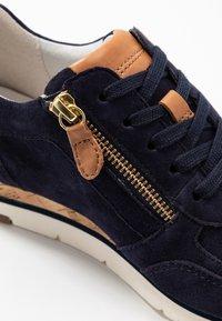 Gabor - Sneakers laag - bluette/cognac - 4