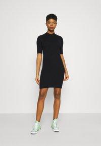 Even&Odd - Pletené šaty - black - 0