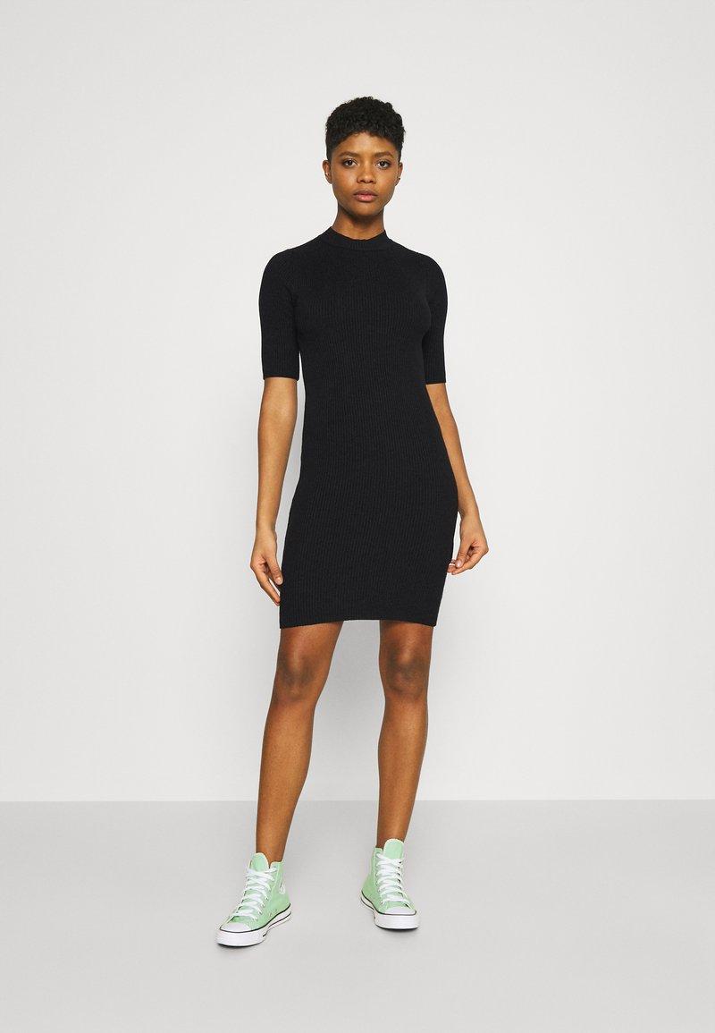 Even&Odd - Pletené šaty - black