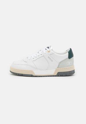 "BASKET ""89 - Sneakersy niskie - white/grey/green"