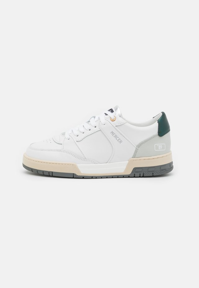 "BASKET ""89 - Sneakers laag - white/grey/green"