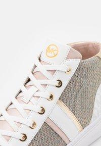 MICHAEL Michael Kors - CHAPMAN MID - High-top trainers - white/rainbow - 6