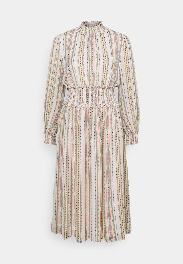 SADIE DRESS - Hverdagskjoler - inca soft beige