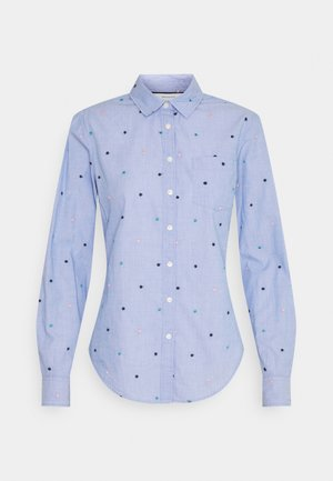CAMISA FILAFIL BORDAD - Button-down blouse - light blue