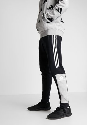 SPORT ID TAPERED PANT - Tracksuit bottoms - black