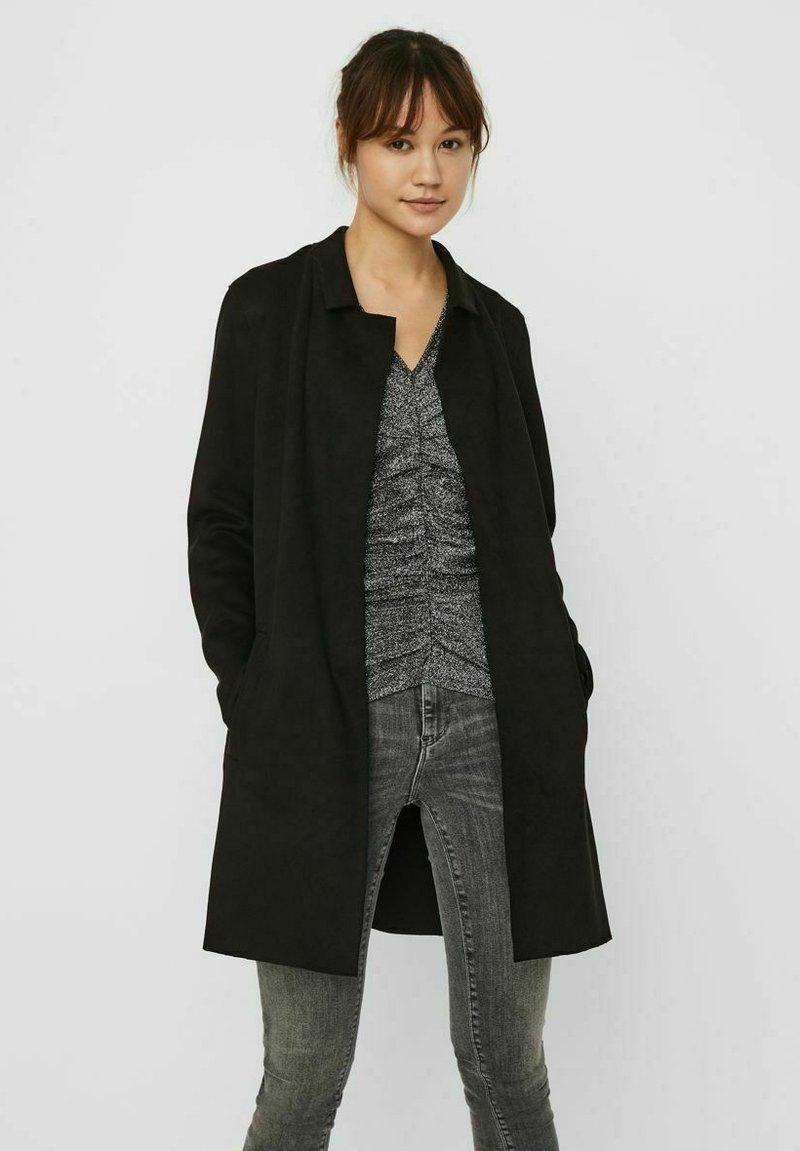 Vero Moda - Short coat - black