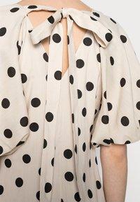 Love Copenhagen - VETA DRESS - Day dress - sesame dot - 4