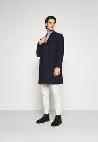 Isaac Dewhirst - PEAK COAT - Classic coat - dark blue - 1
