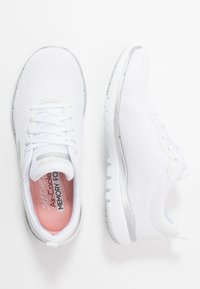 Skechers Sport - FLEX APPEAL 3.0 - Zapatillas - white/silver