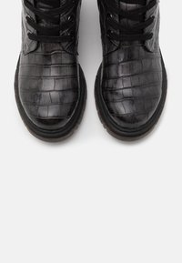 Marco Tozzi by Guido Maria Kretschmer - Lace-up ankle boots - dark grey - 5