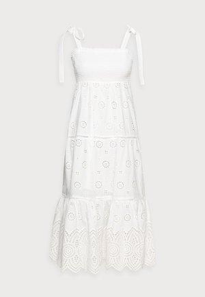 LORETTA SHIRRED MIDI DRESS - Vestito lungo - porcelain