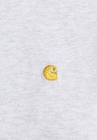 Carhartt WIP - CHASE - Basic T-shirt - ash heather / gold - 4