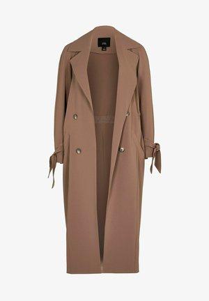 Klassinen takki - brown