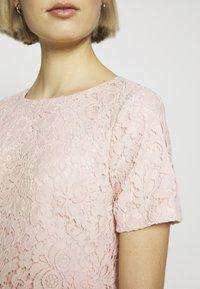 Lauren Ralph Lauren - PIAZZA FLORAL  - Koktejlové šaty/ šaty na párty - pink macaron - 4