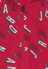Jordan - JORDAN AIR COVERALL UNISEX - Dres - very berry - 2