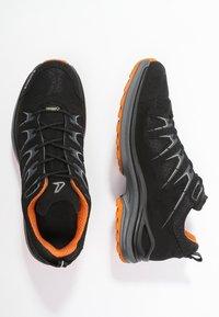 Lowa - INNOX EVO GTX - Hiking shoes - schwarz/orange - 1