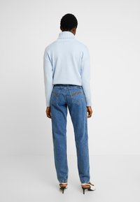 Nudie Jeans - BREEZY BRITT - Jeans straight leg - friendly blue - 2