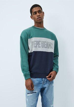 ISMAEL - Sweatshirt - myrtle green
