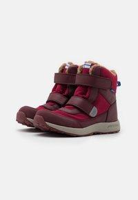 Finkid - LAPPI UNISEX - Zimní obuv - persian red/cabernet - 1