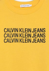 Calvin Klein Jeans - TRIPLE LOGO - Sweater - yellow - 3
