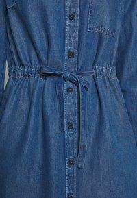 Marc O'Polo DENIM - DRESS FEMININE PATCHED POCKET - Vestito di jeans - february blue dress - 6