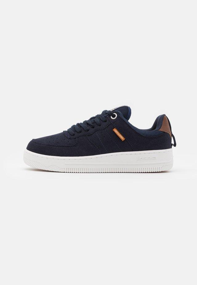 JRMAVERICK - Sneakers laag - navy blazer
