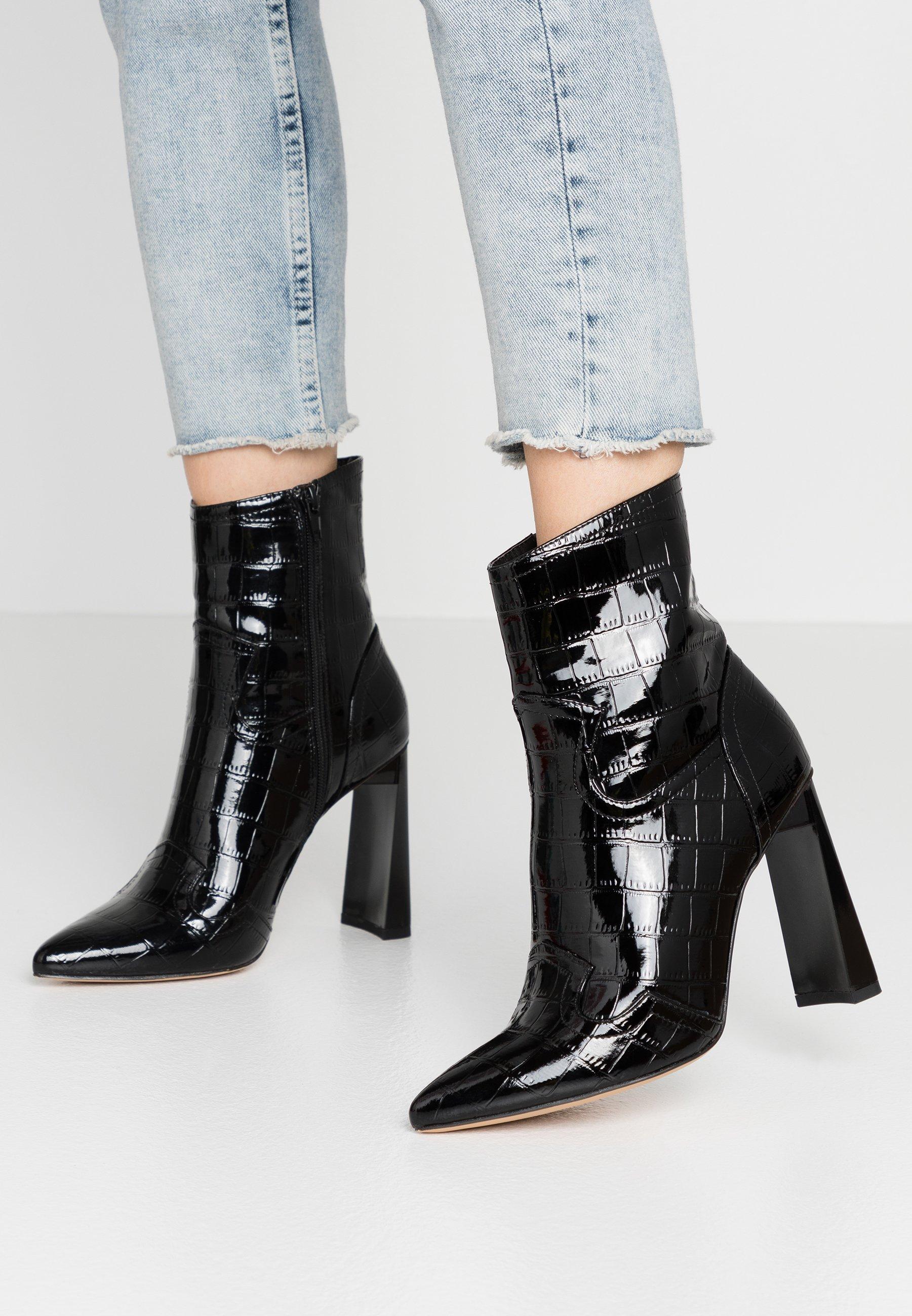 Missguided FEATURE SHINY WESTERN BOOT - Bottines à talons hauts - black - Chaussures à talons femme Qualité