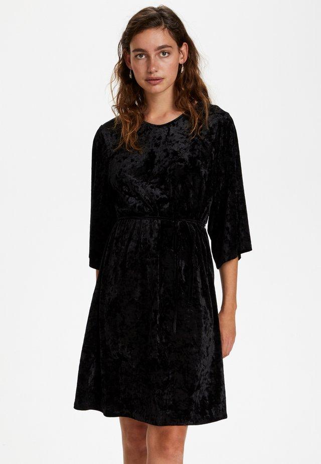 SLEMI  - Vapaa-ajan mekko - black