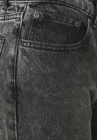 Boyish - TOMMY - Jeans a sigaretta - toxic avenger - 9