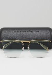 Alexander McQueen - Sunglasses - gold-coloured/blue - 2
