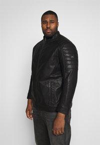 TOM TAILOR MEN PLUS - BIKER JACKET - Faux leather jacket - black - 0