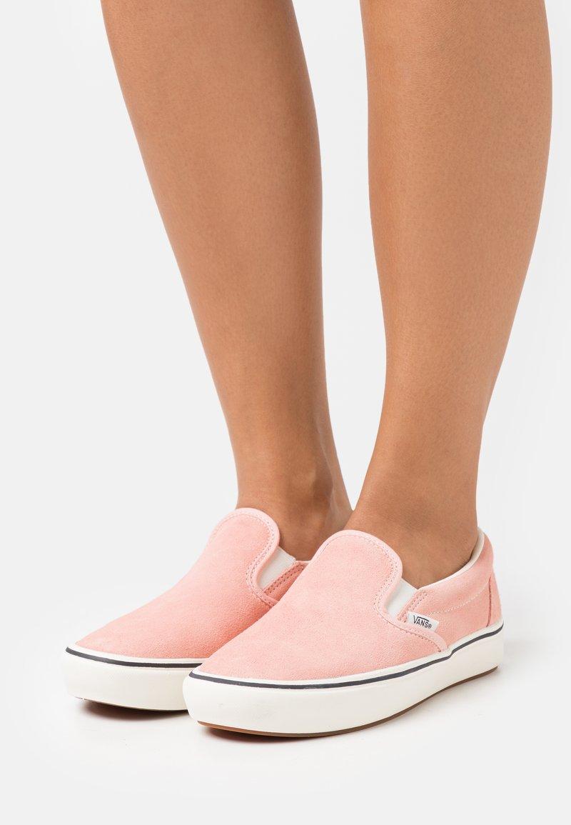 Vans - COMFYCUSH - Slip-ons - peach pearl
