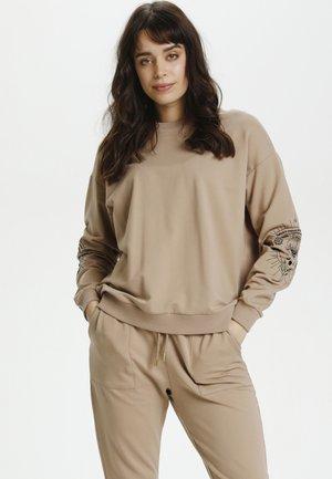 CUMONTY - Sweatshirt - chanterelle