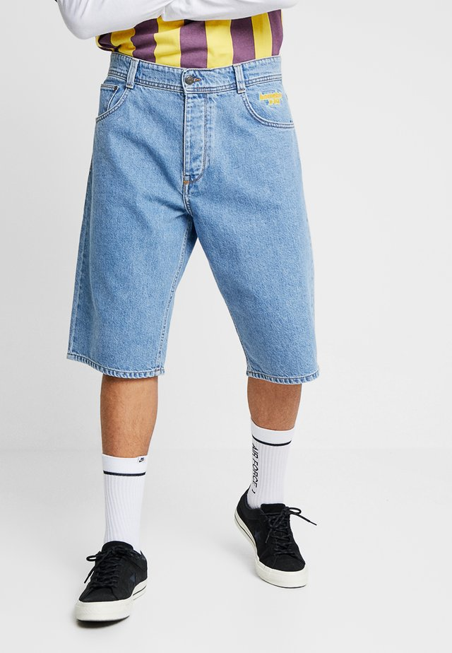 X-TRA BAGGY - Denim shorts - moon