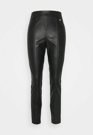 VLLADA TROUSER - Pantalon classique - black